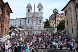 Monograms cuts price on Italy tour