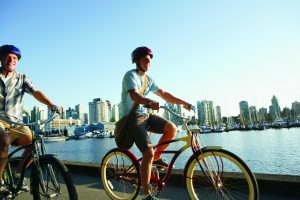 Sunwing Helps Travellers Celebrate Canada's 150th
