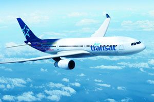 transat-plane-in-flight-daily