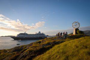 azamara-arctic-circle-globe-monument