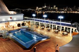 Silversea Sets Milestone With San Francisco Departure