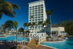 Warwick Offers Paradise Island Savings
