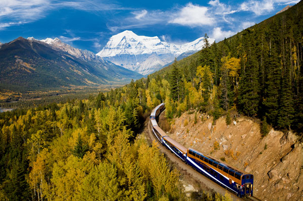 Rocky Mountaineer Celebrates With 'Unforgettable 4'