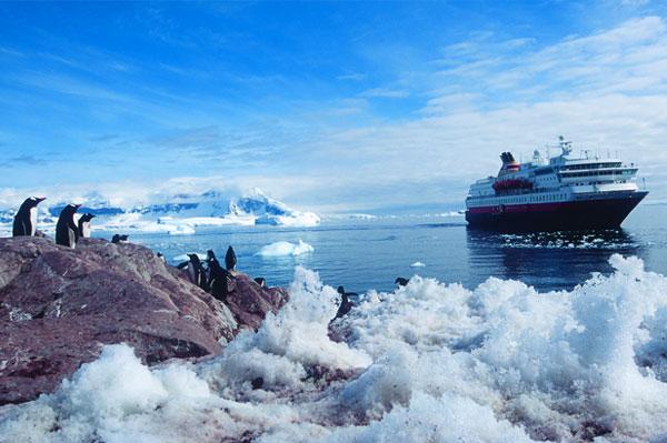 Hurtigruten Suspends Cruises Temporarily
