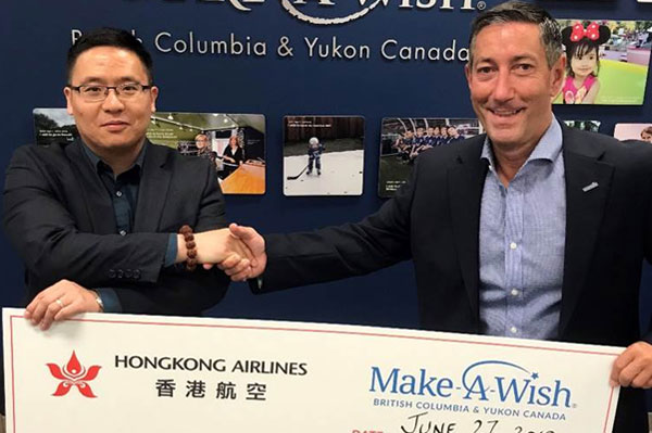 Hong Kong Airlines celebrates YVR service