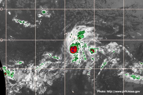 Hawaii Braces for Category 4 Hurricane Lane - TravelPress