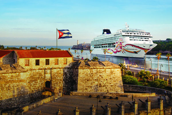 Norwegian Sun Completes First Season of Cuba Cruises