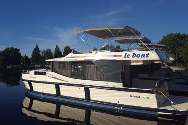 Le Boat Expanding Canadian Operations