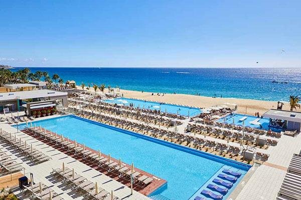 Sunwing Welcomes Riu Palace Baja California