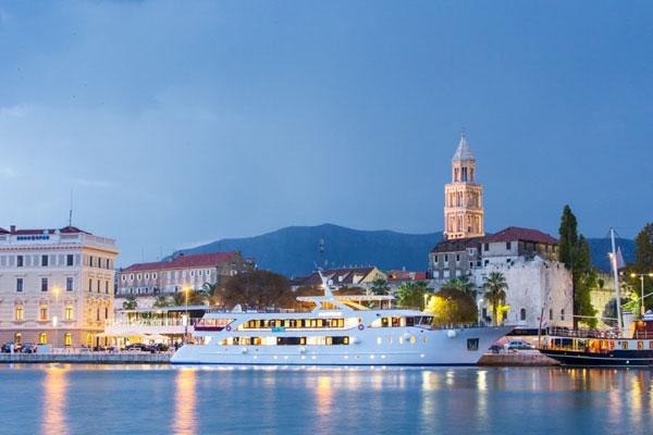 Croatia's Katarina Line to Host June Fam