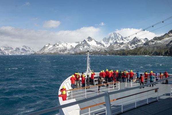 50 Degrees North Adds Hurtigruten Antarctica Cruise