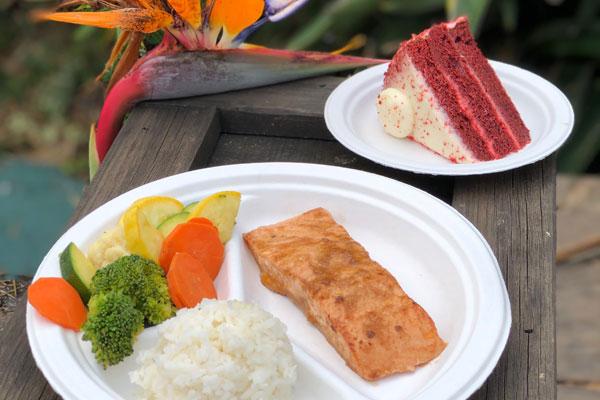 SeaWorld Removes Polystyrene Foam Dinnerware Products