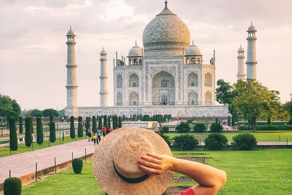 Services International Invites Agents to Visit India