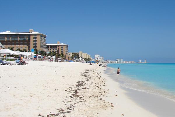 Sunwing Introduces Waterloo-Cancun Service