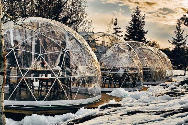 Niagara Hosts Snow Globe Soirée