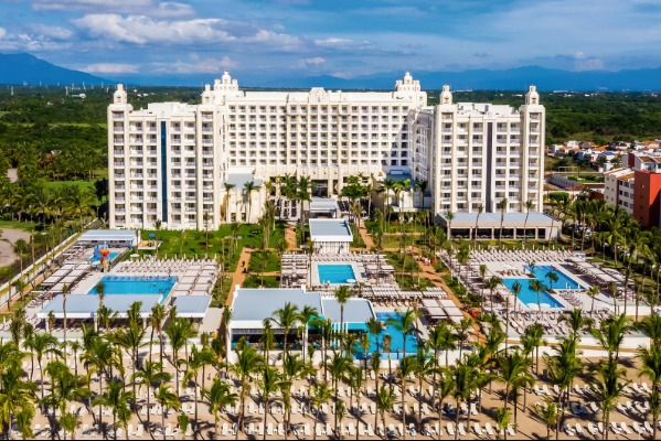 Big Savings From Sunwing & RIU