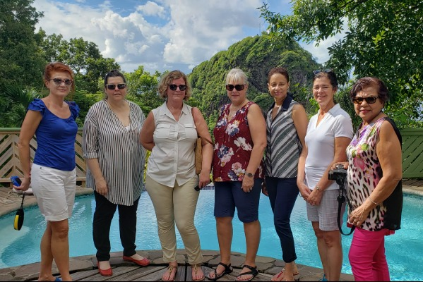 Agents Hopping On St. Vincent and the Grenadines