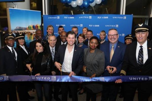 SAT, United Celebrate New Cape Town Service