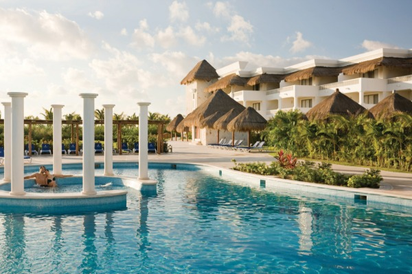 Sunwing Offers Double STAR Points