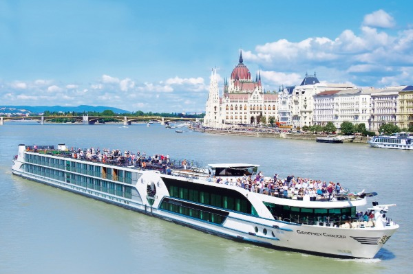 Solo Social Distancing With Riviera River Cruises