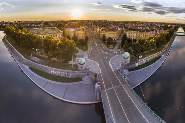 360-Degree Tours of the Czech Republic Available