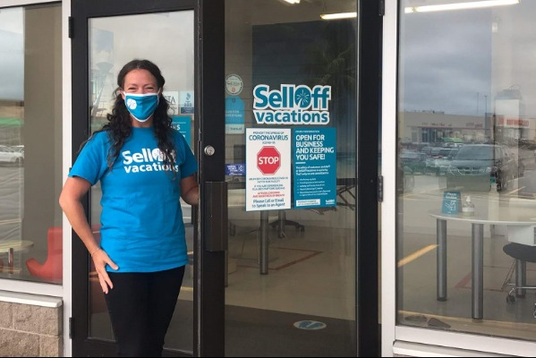 SellOffVacations Reopens Retail Stores Across Canada