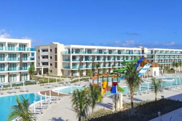 Earn 15% With Serenade Punta Cana Beach