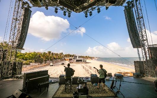 Dave Matthews and Tim Reynolds return to Riviera Maya