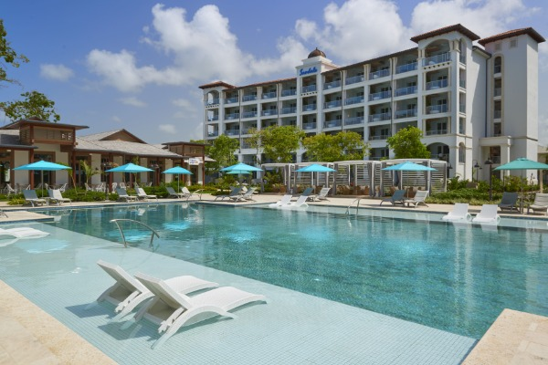 Sandals Earns Top Honours At 2021 World Travel Awards